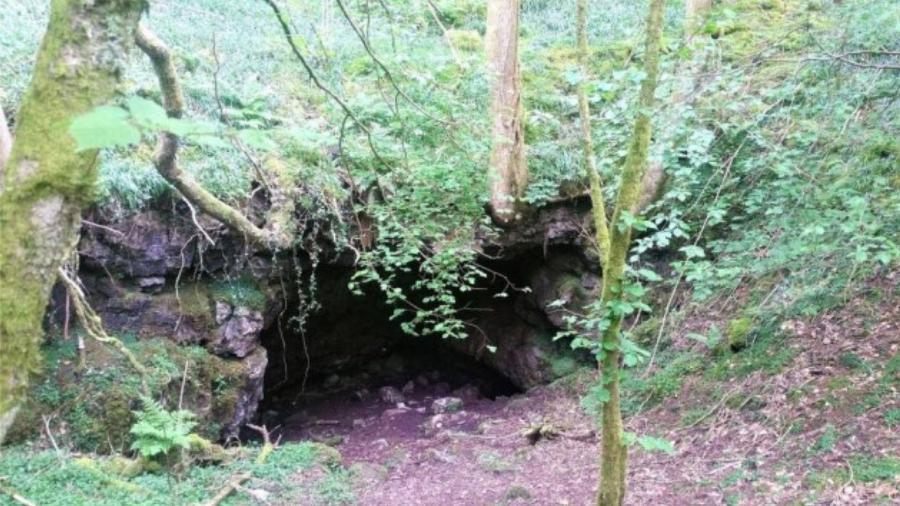 Um conjunto de cavernas está à venda no País de Gales   - Divulgação/RightMove
