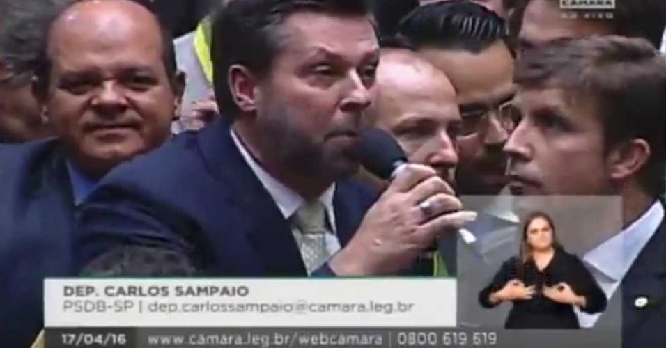 17.abr.2016 - Líder do PSDB na Câmara, anunciou voto favorável ao impeachment da presidente Dilma Rousseff