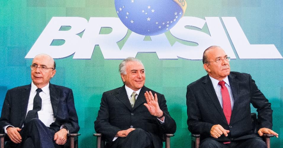 30.jun.2016 - O presidente interino, Michel Temer (PMDB), participa de encontro com representantes da Confederação das Associações Comerciais e Empresariais do Brasil, em Brasília