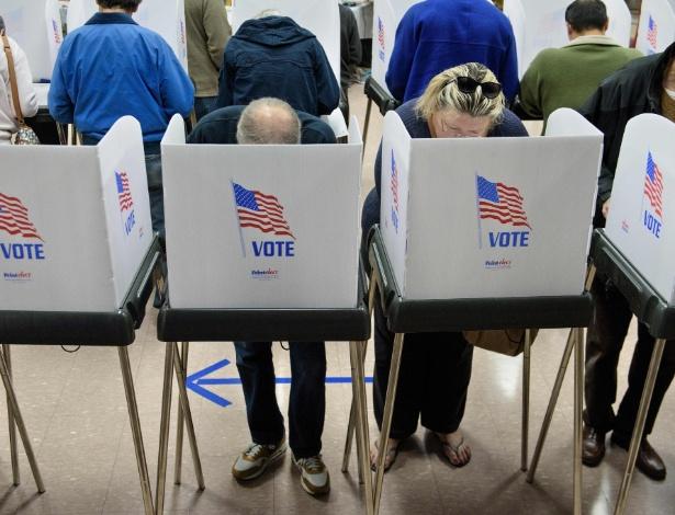 Eleitores votam antecipadamente em Potomac, Maryland (EUA)