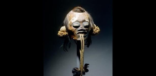 Cabeça-troféu de munduruku, trazida pelos viajantes Martius e Spix, atualmente em museu de Munique