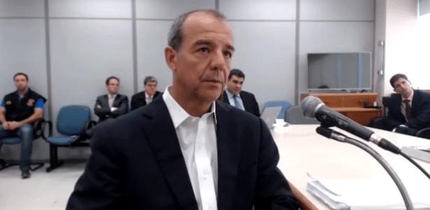 27.abr.2017 - O ex-governador do Rio Sérgio Cabral (PMDB) depõe ao juiz Sergio Moro em Curitiba