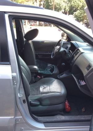 Vidro de carro da Globo foi quebrado