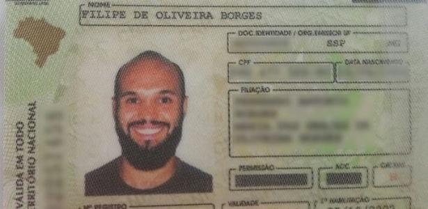 Fotógrafo Filipe Borges viralizou no Facebook nesta semana após sorrir em foto da CNH