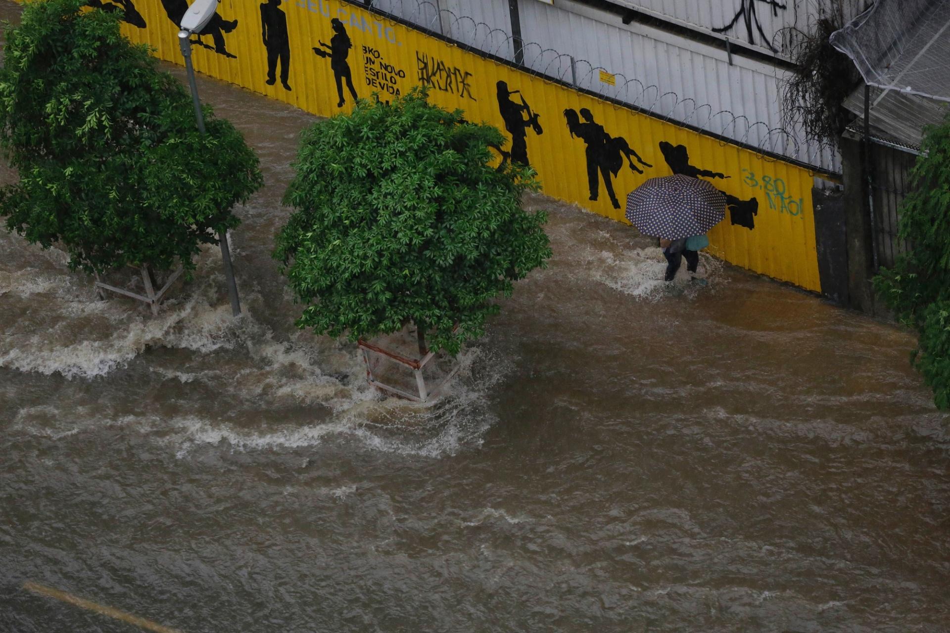 a71a7b8be Chuva deixa a cidade de São Paulo em estado de atenção para alagamentos