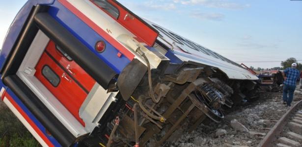Trem descarrilhado em Tekirdag, no noroeste da Turquia - Xinhua
