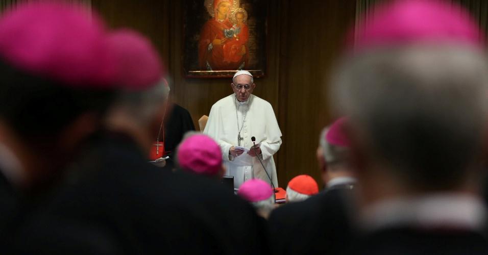 Papa Francisco discursa no Sínodo