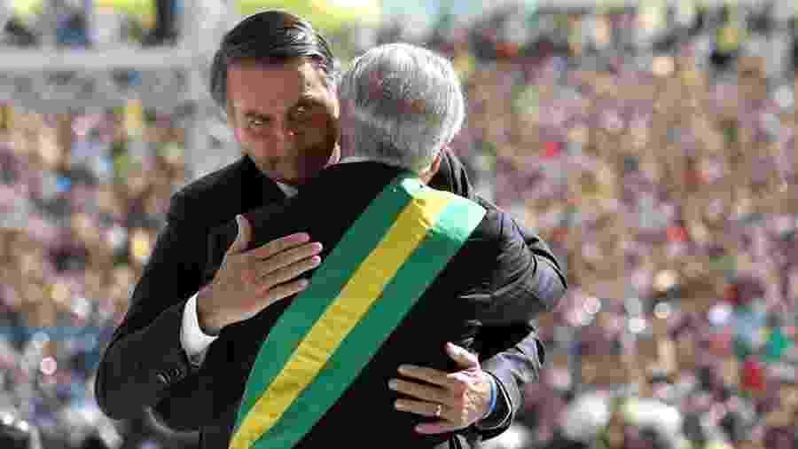 Jair Bolsonaro é recepcionado por Michel Temer no Palácio do Planalto, em Brasília - Eduardo Anizelli/Folhapress
