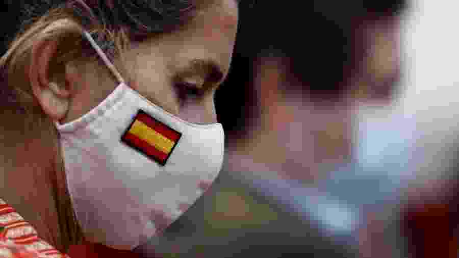 Ontem foi o primeiro dia do uso obrigatório de máscaras em Madri, na Espanha. O país, ao lado de Itália e França, anunciou hoje quedas recordes no PIB devido à pandemia - EFE/Mariscal