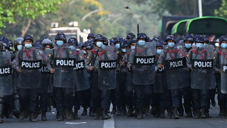 Embaixador de Mianmar na ONU denuncia militares após novo dia de protestos - Ye Aung Thu/AFP