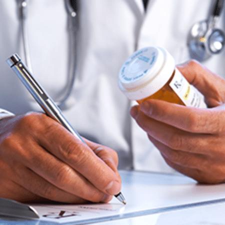 Médico de Itu não renovou registro médico, que havia vencido dia 11, e usava dados de colega para clinicar - Reprodução