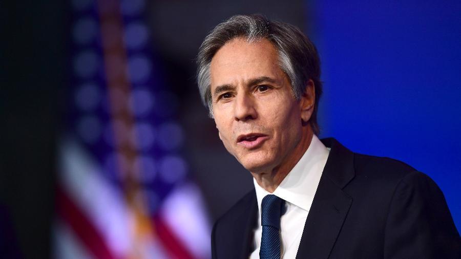 O secretário de Estado norte-americano, Antony Blinken, falou por telefone com Yang Jiechi, chefe de Relações Exteriores da China - Mark Makela/Getty Images