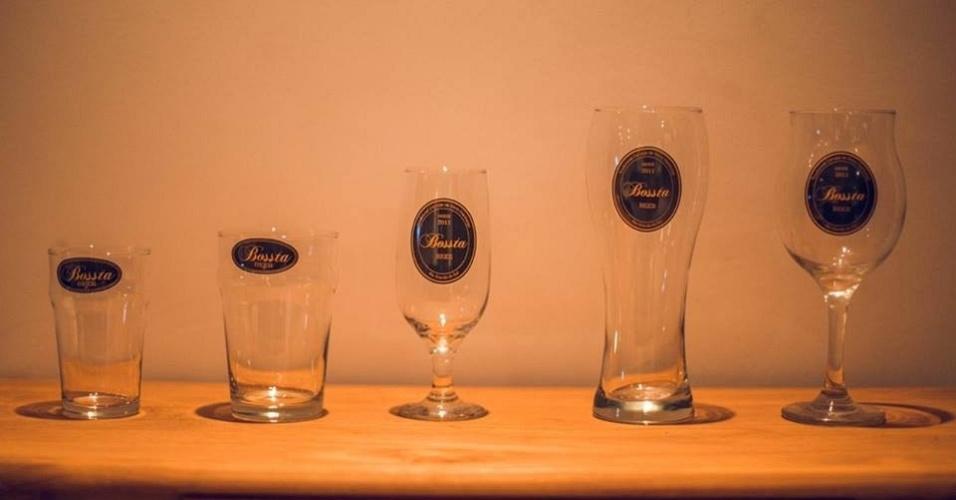 Produtos da cervejaria Bossta, criada pelo empresário Hendrikus Klaas Van Enck, conhecido como Henk, 64, em Novo Hamburgo (RS)