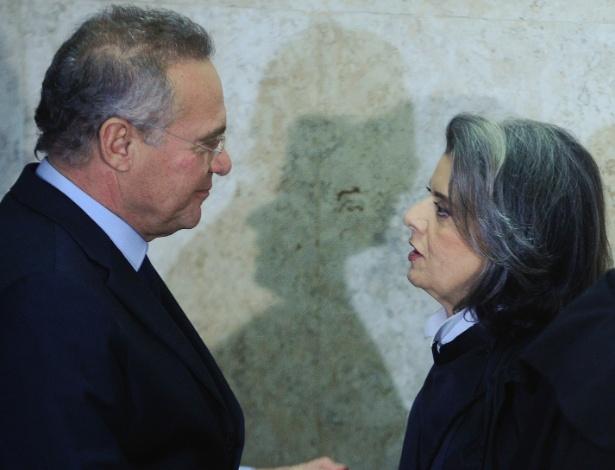 Renan cumprimenta Cármen Lúcia no dia de sua posse como presidente do STF