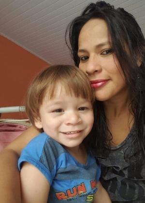 Andreza Carvalho e o filho, Fábio Salomão