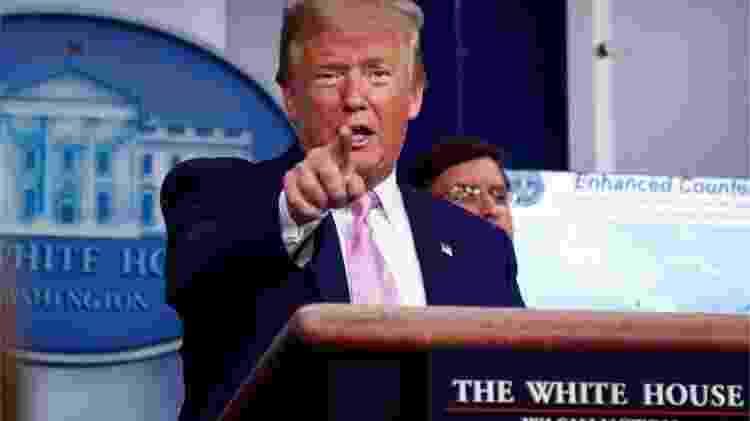 Donald Trump mudou de tom e postura diante da pandemia e seu avanço nos EUA - Reuters