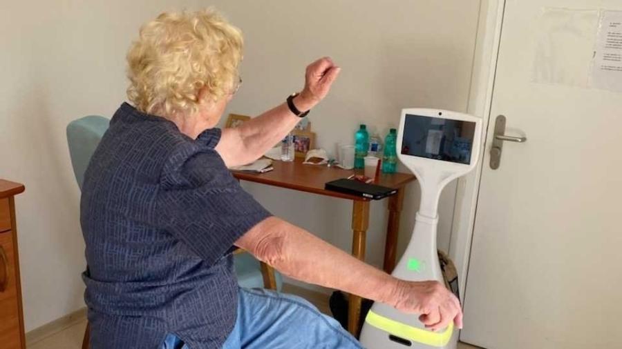 Robô Cutii pode auxiliar idosos - Divulgação