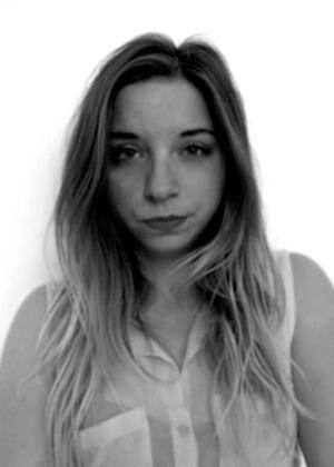 Justine Moulin, 23, era estudante vinda da região da Normandia e vivia em Paris