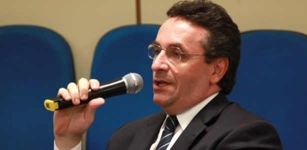 Cunhado de Roseana Sarney (PMDB), o advogado Samir Jorge Murad foi nomeado para a diretoria do Serviço Florestal Brasileiro, cargo ligado ao Ministério do Meio Ambiente, comandado por Sarney Filho