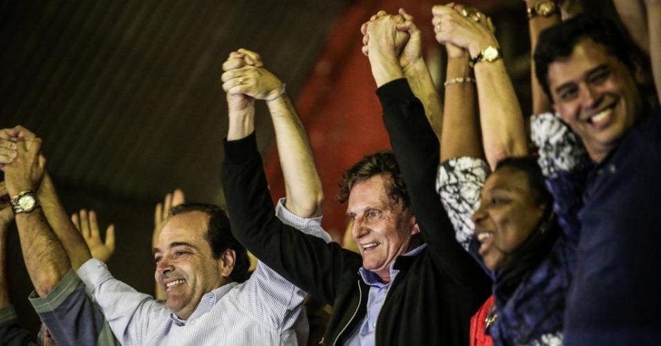 30.out.2016 - Prefeito eleito do Rio de Janeiro, Marcelo Crivella (PRB) discursa no Bangu Atlético Clube, zona oeste da cidade