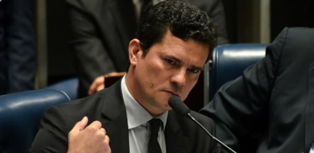 Sérgio Moro liberou acesso para que a AGU defenda a Polícia Federal em ação movida pela defesa do ex-presidente Lula