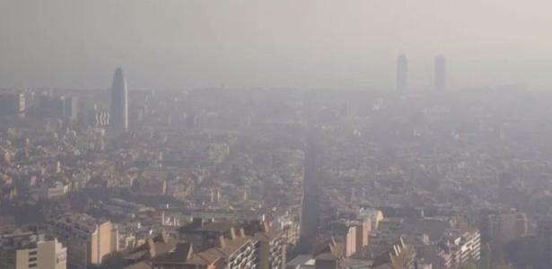 Poluição também é problema na turística Barcelona