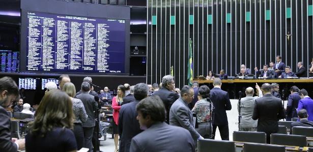 20.jun.2017 - Painel eletrônico da Câmara mostra a presença de 278 deputados. Ao todo, a casa é composta de 513