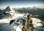 Novo bonde leva mais turistas aos Alpes suíços, mas irrita ambientalistas - Jakub Polomski