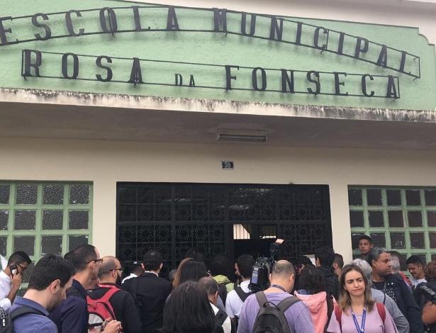 Escola em que Jair Bolsonaro vai votar tem esquema rígido de segurança