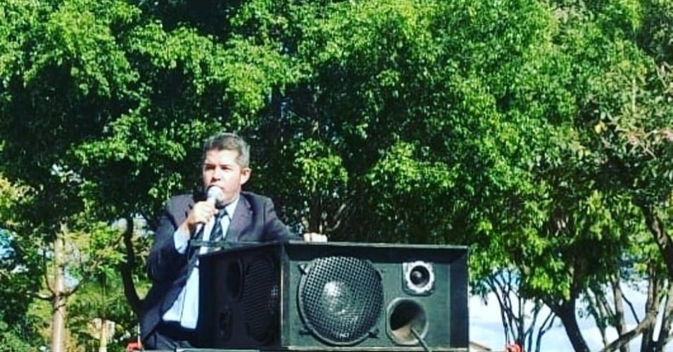 28.set.2018 - Delegado Waldir (PSL) foi reeleito deputado federal com a maior votação em Goiás: 274 mil votos
