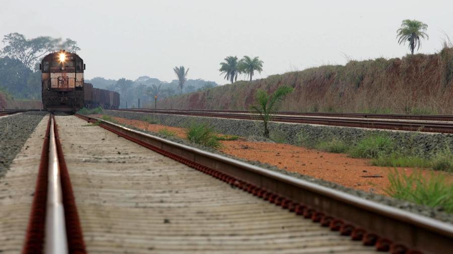 Expectativa do governo é que ferrovia transporte mais de 50 milhões de toneladas de carga em 2035 - Mônica Zarattini/Estadão Conteúdo