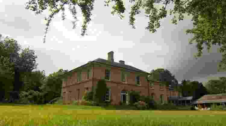 New Creation Hall em Northamptonshire foi o berço da Igreja da Irmandade de Jesus - BBC