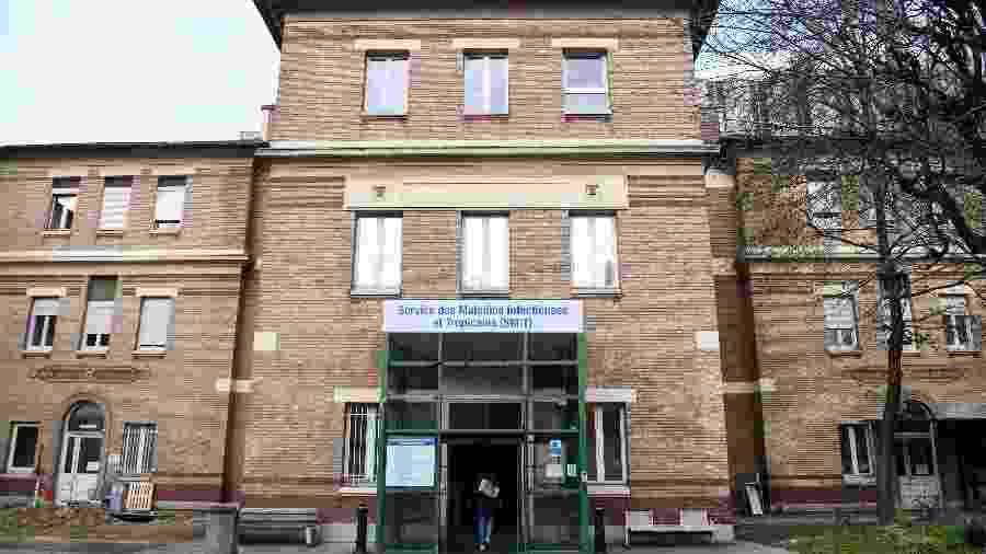 25.jan.2020 - Fachada da unidade de Serviço de Doenças Infecciosas e Tropicais do hospital Bichat, em Paris, onde pacientes diagnosticados com o novo coronavírus foram internados - Alain Jocard/AFP
