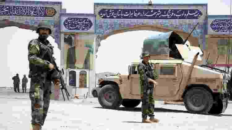 Exército afegão tem um histórico de baixas, deserções e corrupção - EPA - EPA