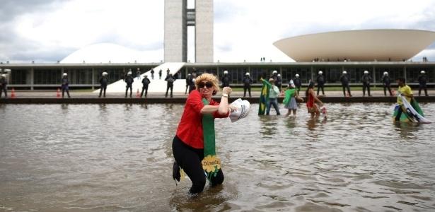 Brasil perdeu ponto no quesito governo devido à crise