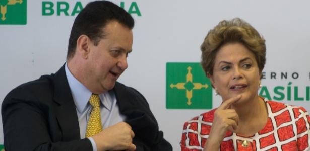 Gilberto Kassab, que é ministro de Dilma, liberou os deputados do PSD a votar como quiserem na questão do impeachment
