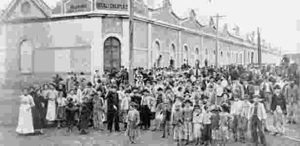Greve teve início em uma fábrica têxtil em São Paulo, e só depois da adesão de outras categorias passou a ter demandas gerais - Arquivo Edgar Leuenroth | Unicamp - Arquivo Edgar Leuenroth | Unicamp