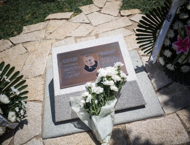 Monumento em Gwangju a Jürgen Hinzpeter