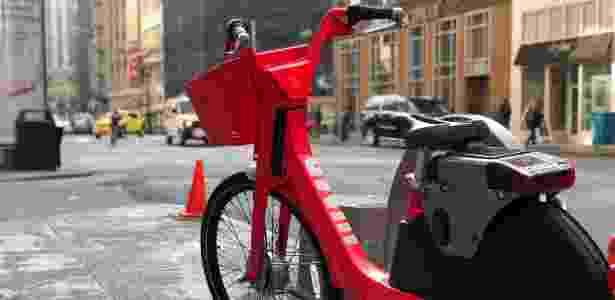 Bicicleta da Jump, empresa da Uber, em San Francisco (EUA) - Gabriel Francisco Ribeiro/UOL - Gabriel Francisco Ribeiro/UOL
