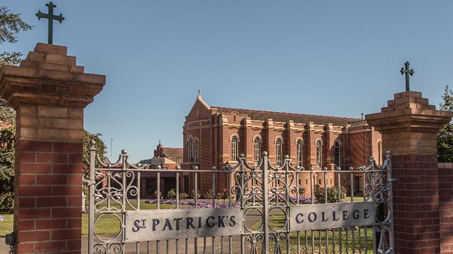 """St. Patrick""""s College, onde George Pell foi atleta e tem um prédio com seu nome, em Ballarat, na Austrália - Jai Wilson via The New York Times"""