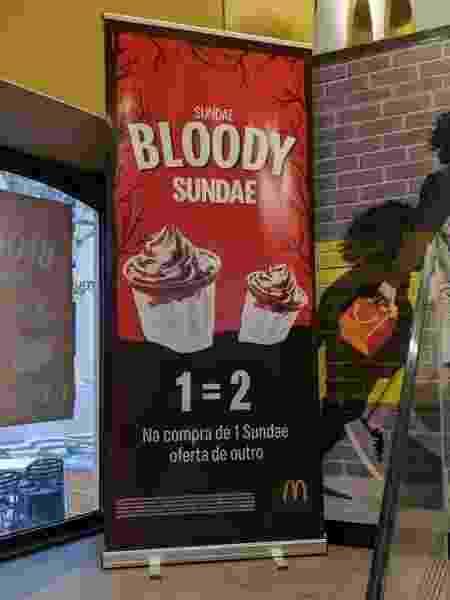 Campanha Sundae Bloody Sundae oferecia segundo sorvete em oferta na compra de um primeiro; promoção tinha como mote música do U2 que lembrava massacre na Irlanda do Norte em 1972 - @bigmonsterlove/Twitter
