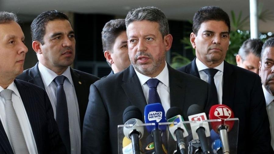 Arthur Lira (ao centro) surge como nome para disputar presidência da Câmara em 2021 - Agência Brasil