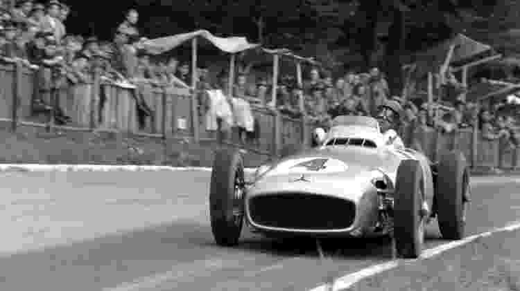 Mercedes 1954 - Reprodução/F1.com - Reprodução/F1.com