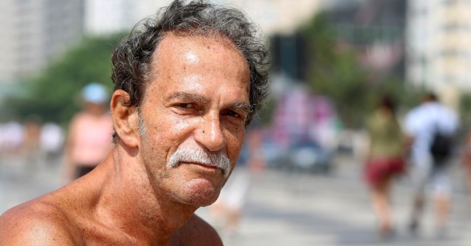 24.set.2015 - O militar da reserva Antônio Justino, 66, pediu
