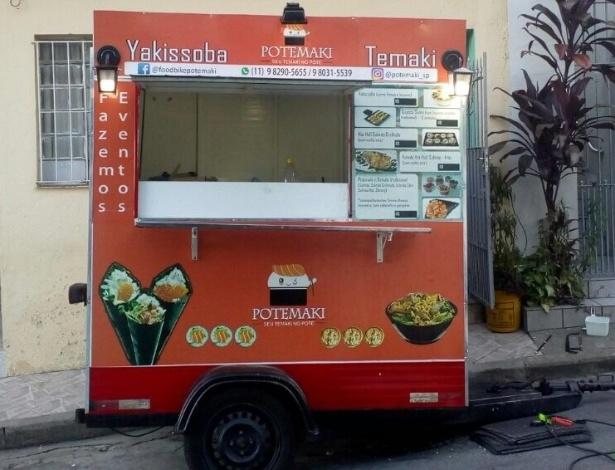 Food truck Potemaki, que vende temaki, ceviche e yakisoba em potes
