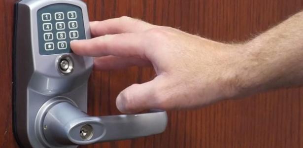 Fechadura inteligente Remote Lock 6i teve problemas após atualização de software - Reprodução