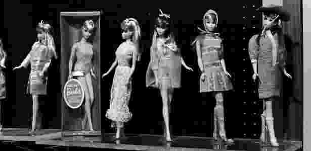 Bonecas Barbie em foto de 1968 - SAM FALK/NYT - SAM FALK/NYT