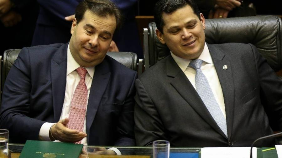 O presidente da Câmara, Rodrigo Maia (DEM-RJ), e o presidente do Senado, Davi Alcolumbre (DEM-AP) - Pedro Ladeira - Folhapress