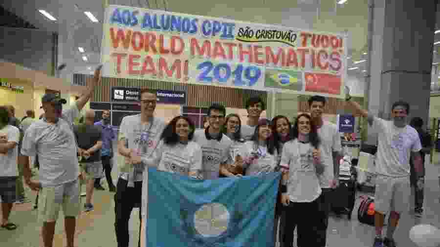 Medalhistas nas olimpíadas de matemática da China, alunos da escola Colégio Pedro 2º voltam ao Rio - Tomaz Silva/Agência Brasil