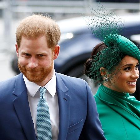 Príncipe Harry ao lado da esposa Meghan em Londres -